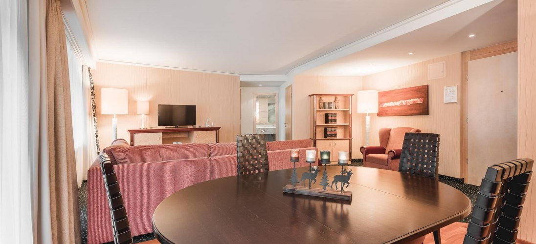 628_SeniorSuite_AlpinResort_2