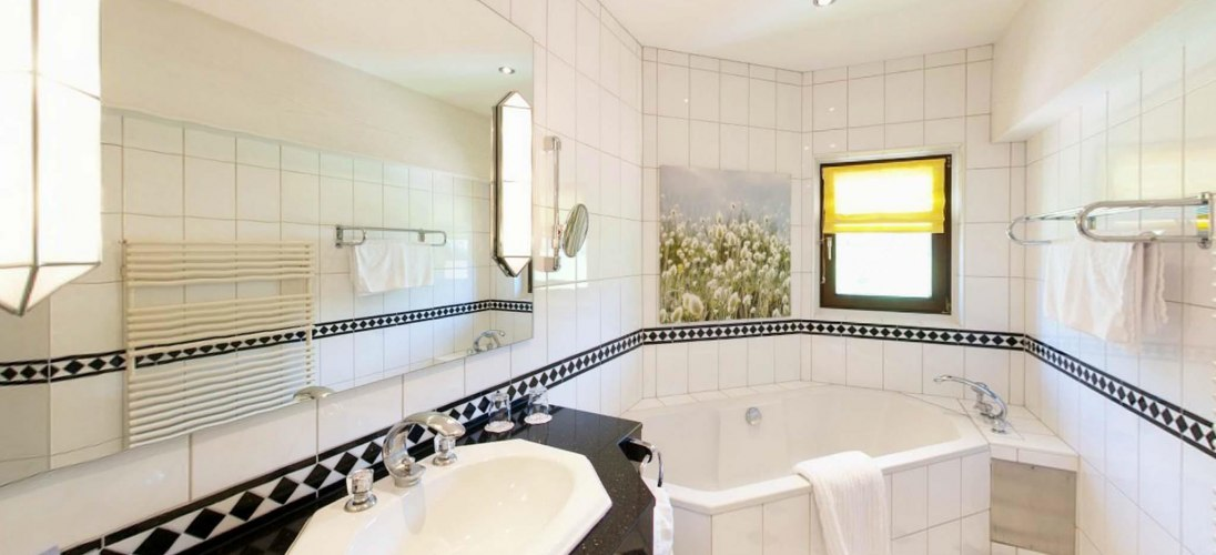 Badezimmer oberes Stockwerk Penthouse Suite