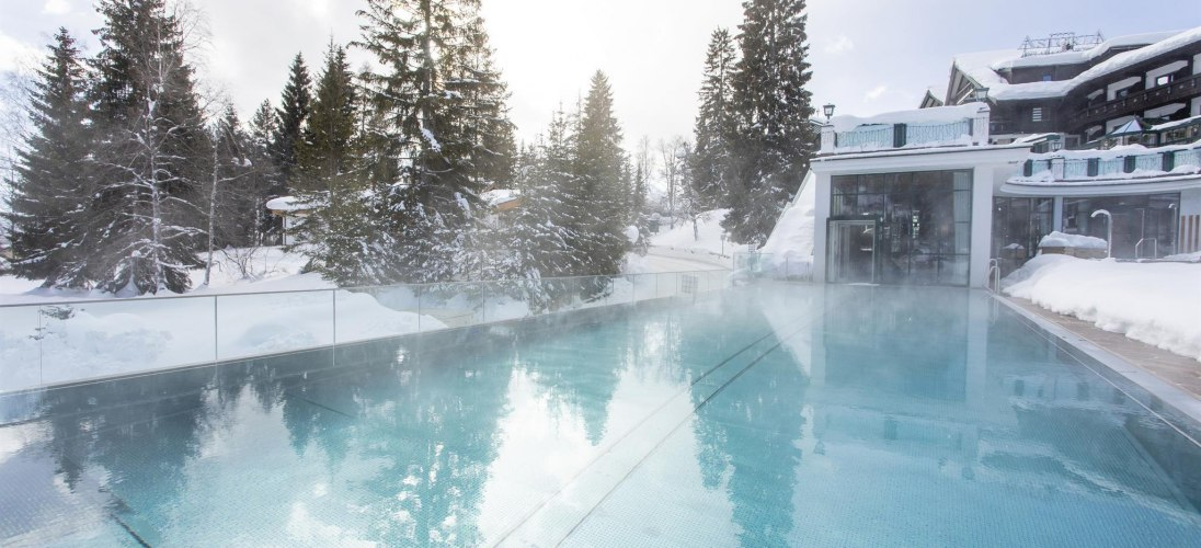infinity pool_winter_19